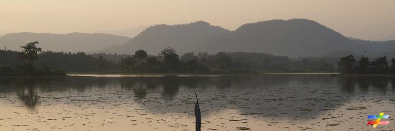 Photo du coucher de soleil sur le lac