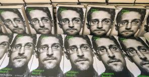 « Mémoires vives » l'autobiographie d'Edward Snowden