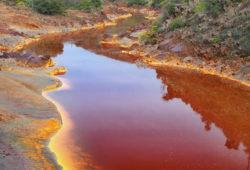 La pollution des fleuves et des rivières